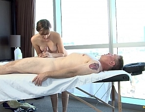 katie-star-massage-scene